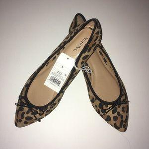 Size 8 1/2 Flats